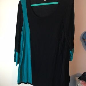 Avenue tunic, lightweight sweater. Size 18/20